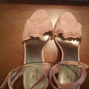 Worthington Blush Heels Size 10